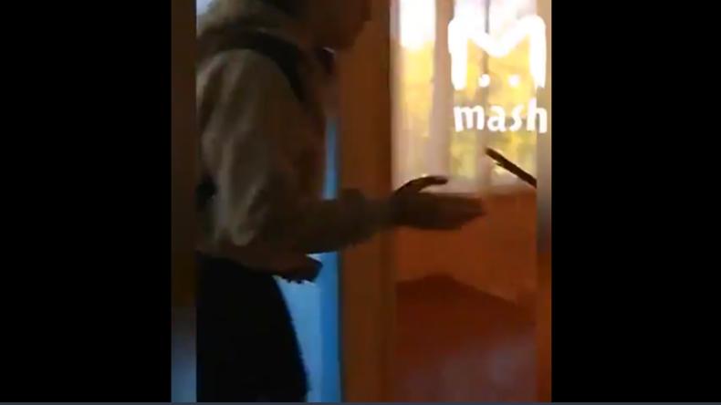 Krim - Im Visier eines Psychopathen: Schüler filmen dramatische Flucht vor Massaker in Schule