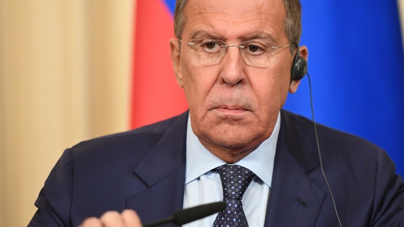Russlands Außenminister Lawrow: Westen studierte Dossiers der Weißhelme und war entsetzt (Video)