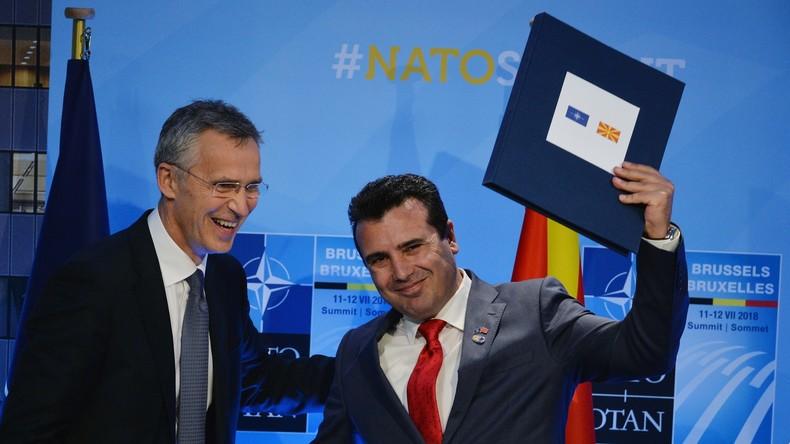Trotz Referendumspleite: NATO-Treffen mit Mazedoniens Verteidigungsministerin
