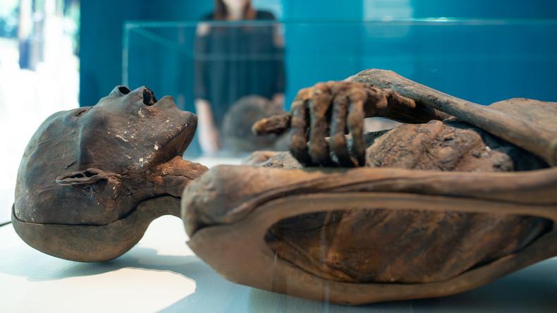 Franzose lebt mehr als zehn Jahre mit mumifiziertem Vater