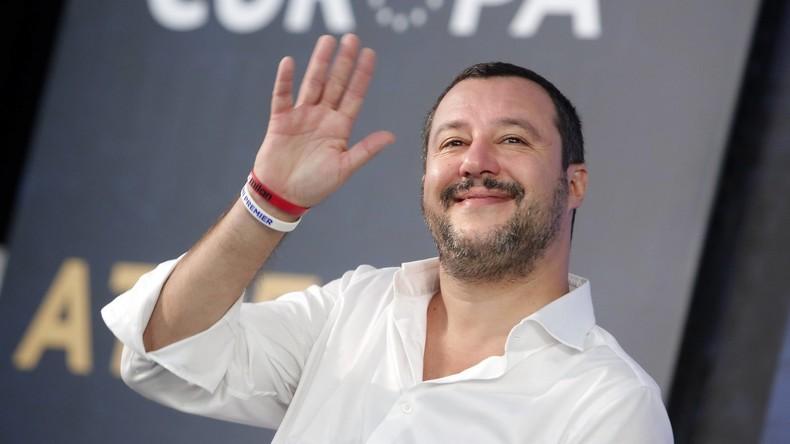 Salvini will am Budget-Plan festhalten und vielleicht bei EU-Wahl kandidieren