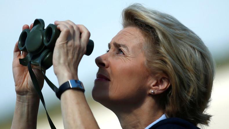 Verteidigungsministerin Ursula von der Leyen besucht Bundeswehrangehörige in Mongolei