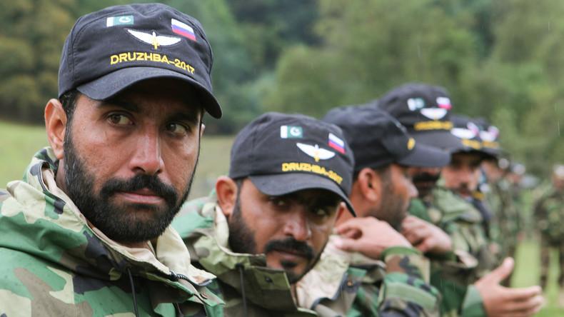 Für mehr Sicherheit in Afghanistan und Zentralasien: Russland und Pakistan halten Militärmanöver ab