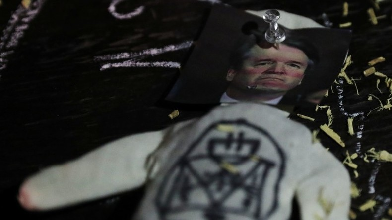 New Yorker Hexen verfluchen Richter Kavanaugh und Präsident Trump bei Voodoo-Zeremonie