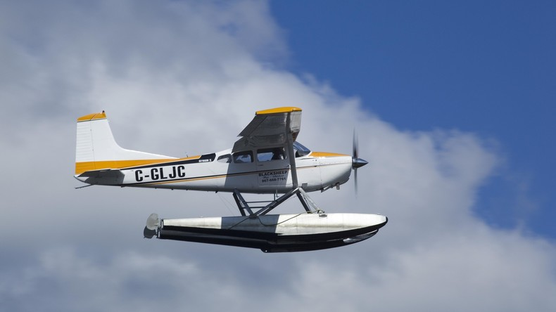 Rapper stirbt bei Stunt auf Kleinflugzeug - Keine Zeit zum Fallschirmöffnen mehr
