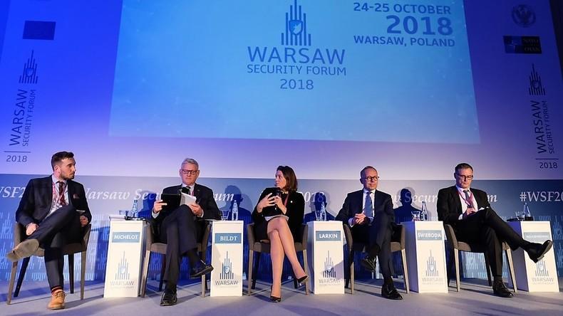 """Antirussische """"Kreativität"""" auf dem NATO-nahen Sicherheitsforum in Warschau"""