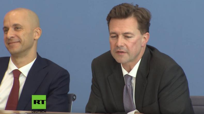 Bundespressekonferenz: Wenn Regierungssprecher Seibert nicht weiß, was seine Chefin zu LNG sagt
