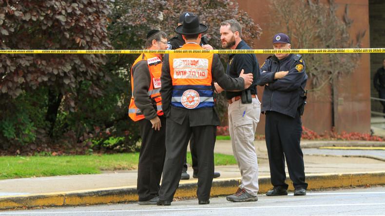Antisemitischer Attentäter tötet elf Menschen in Synagoge