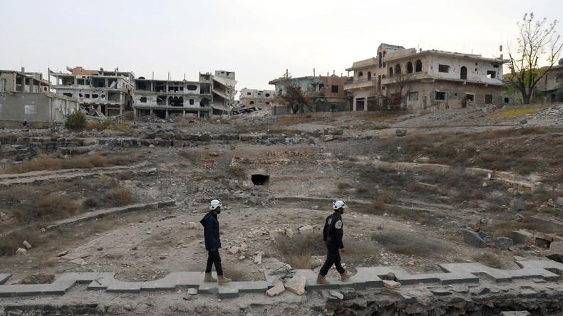 """Versöhnungszentrum in Syrien: """"Weißhelme"""" drehen Fake-Videos für eine C-Waffen-Provokation"""
