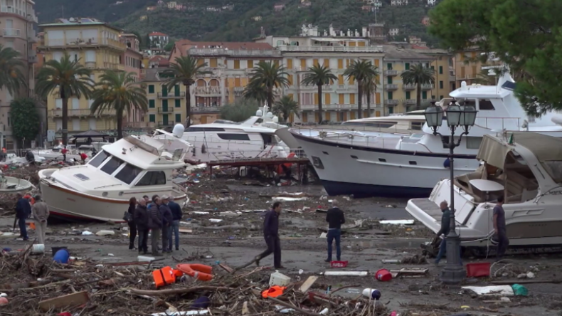 Chaos durch Unwetter in Italien: Venedig steht unter Wasser - Hafen in Rapallo komplett verwüstet