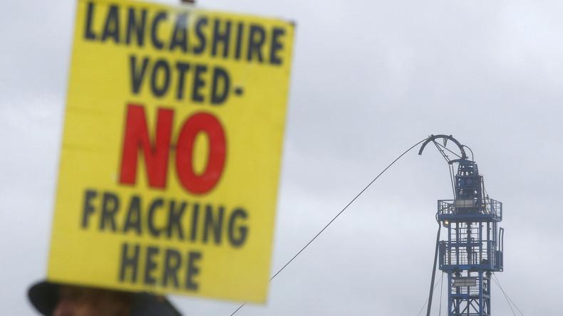 """Großbritannien: Fracking Firma redet """"seismische Mikro-Ereignisse"""" schön (Video)"""