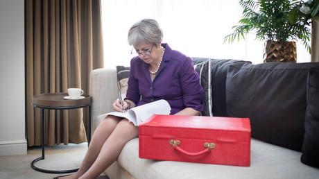 Die britische Premierministerin Theresa May bei Vorbereitungen für ihre Rede, Birmingham, Großbritannien, 2. Oktober 2018.