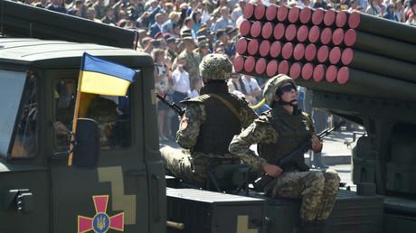 Militärparade am 24. August 2018 in Kiew. Die ukrainische Rüstungsindustrie soll in den westlichen Produktionszyklus integriert werden und dadurch russische Waffenverkäufe in den Westen verhindern.
