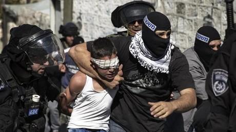 Mit großer Härte gehen israelische Streitkräfte und Polizisten gegen Palästinenser vor und machen auch nicht Halt vor Kindern. Eine große Zahl von Kindern kam dabei 2018 ums Leben.