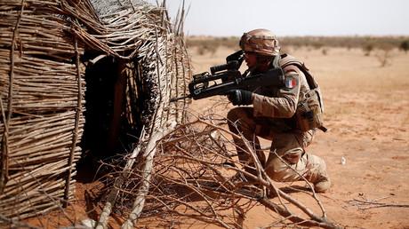 Ein französischer Soldat im