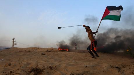 Die Proteste im Gazastreifen gegen die von Israel verhängte Blockade halten weiter an. Bei Protesten am Montag wurden nach Angaben des Gesundheitsministeriums in Gaza 20 Palästinenser verletzt.