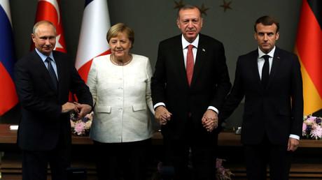 Putin beim Vierergipfel: Der Weg zur syrischen Verfassung führt über Sotschi-Gespräche