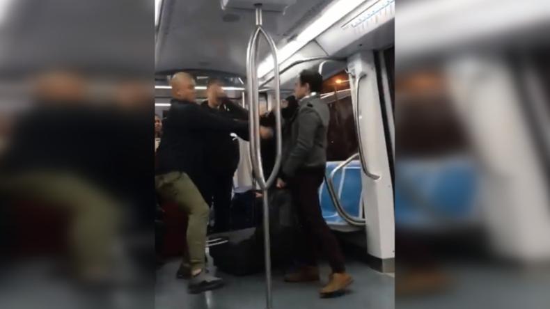 """""""Ich bin ein Faschist"""": Mann greift Pendler in Zug in Rom an, lässt Helferin blutüberströmt zurück"""