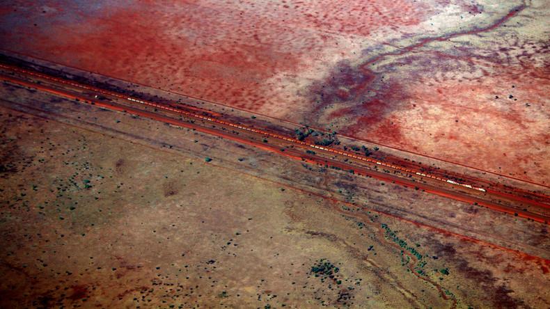 Geisterzug rollt ohne Lokführer 92 Kilometer durch australische Wüste – kontrollierte Entgleisung