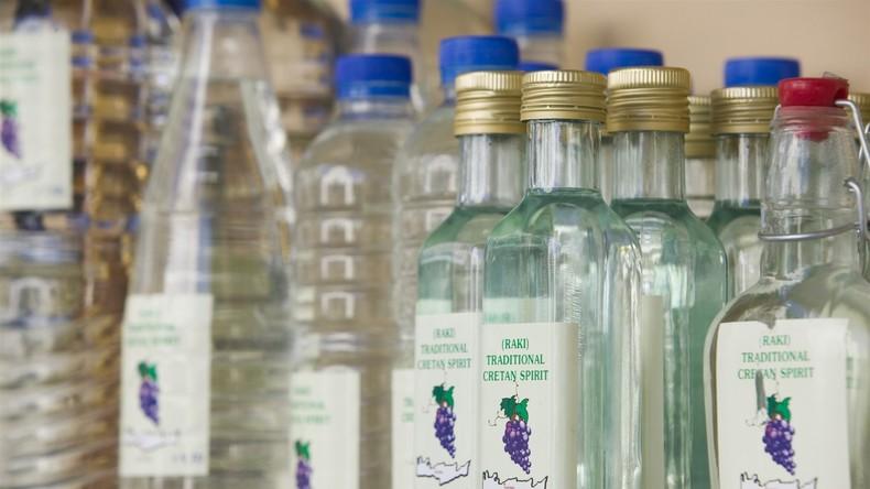 Patient trinkt Raki statt Kontrastmittel und landet auf Intensivstation