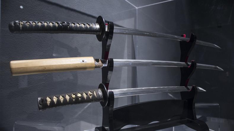 Angriff mit Samuraischwert in Bayern: Zwei Verletzte