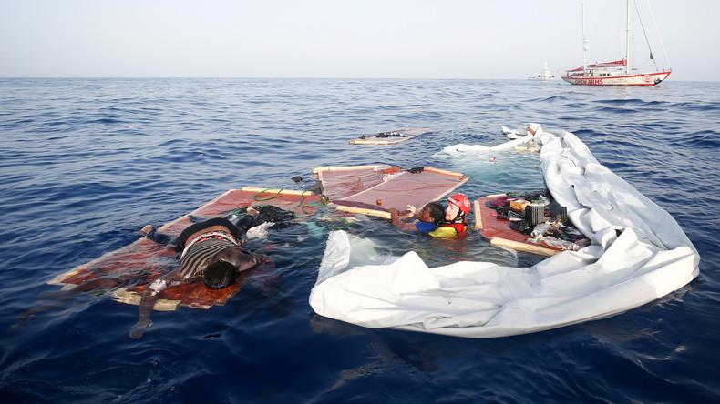 Überlebende Migranten beschuldigen US-Navy, ihre Hilfeschreie ignoriert zu haben