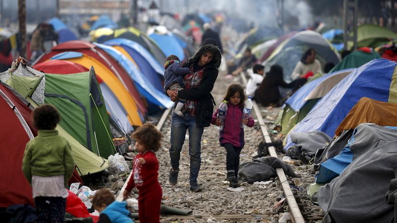 """""""Es ist wie im Theater"""": NGO bringt Migranten bei, Asylbehörden auszutricksen"""