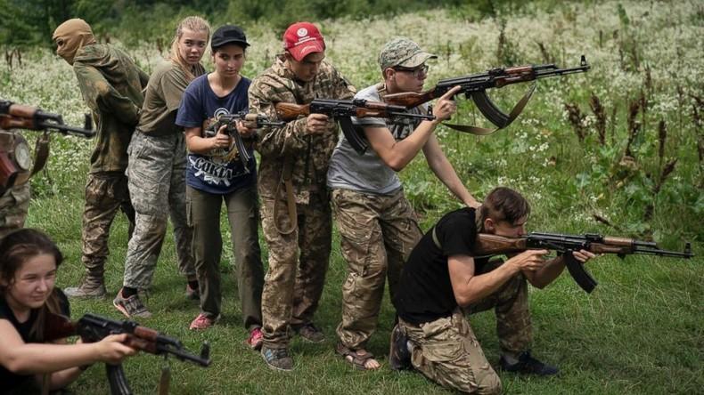 """Ukrainisches Indoktrinationscamp für Kinder: """"Russen sind keine menschlichen Wesen"""""""