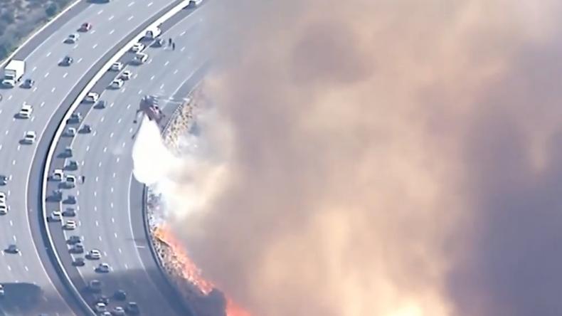 Erschreckende Aufnahmen aus Kalifornien: Brände bahnen sich unkontrollierbar ihren Weg