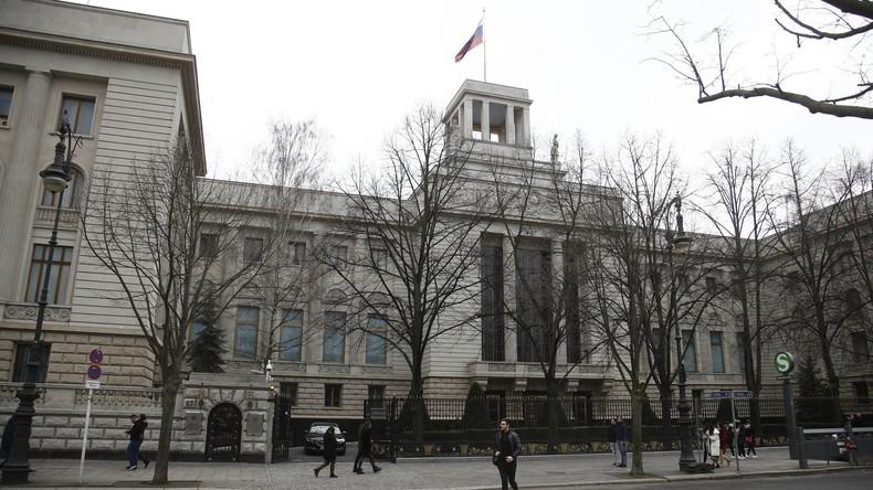 Entwarnung nach Festnahme vor russischer Botschaft in Berlin – Täter vermutlich psychisch krank
