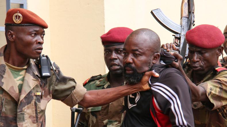 Zentralafrikanische Republik überstellt Rebellenführer an Strafgerichtshof in Den Haag