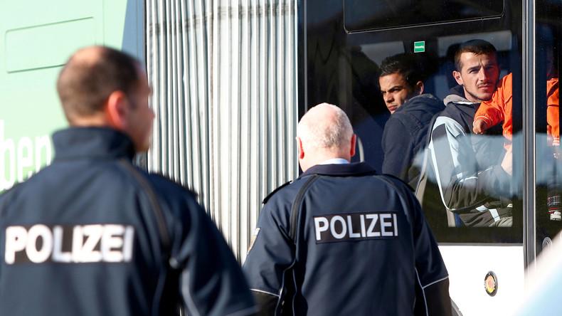 Innenministerium will abgelehnte Asylbewerber effektiver abschieben