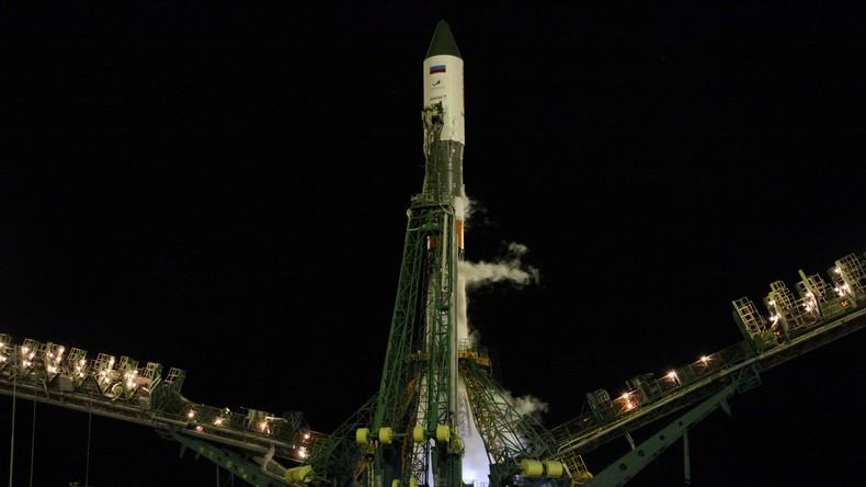 Lieferung per Rakete – Russischer Progress-Weltraumtransporter dockt an ISS an (VIDEO)