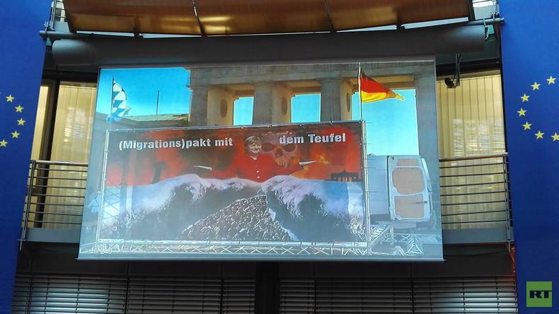 Grüner EU-Abgeordneter Romeo Franz: AfD-Wähler denken rassistisch und sind unanständig