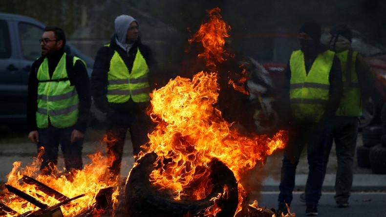 """Proteste in Frankreich: Wer steckt hinter den """"Gelbwesten""""?"""