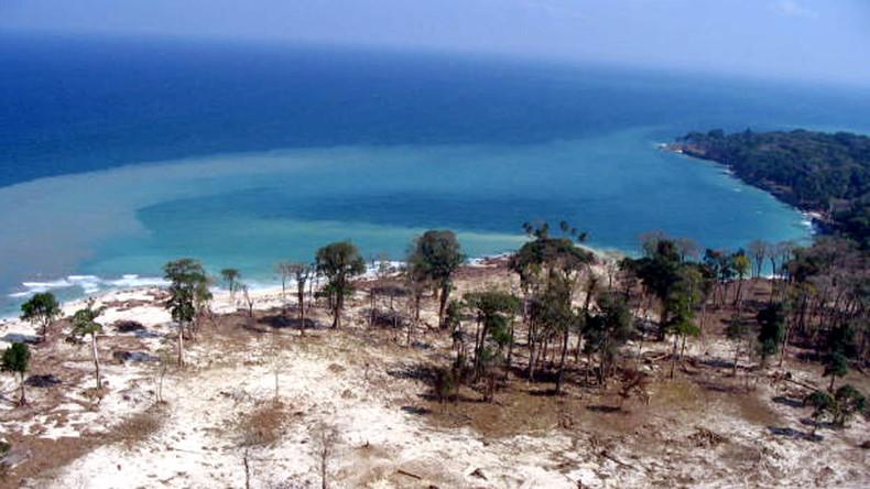 US-Missionar besucht verbotene Insel und stirbt im Pfeilhagel der Eingeborenen