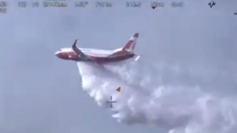 Australier bauen Boeing 737 zu Löschflugzeug mit Platz für Mannschaften um und besiegen Flächenbrand