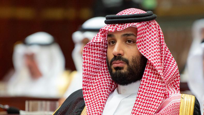Saudischer Kronprinz erstmals seit Khashoggi-Affäre im Ausland