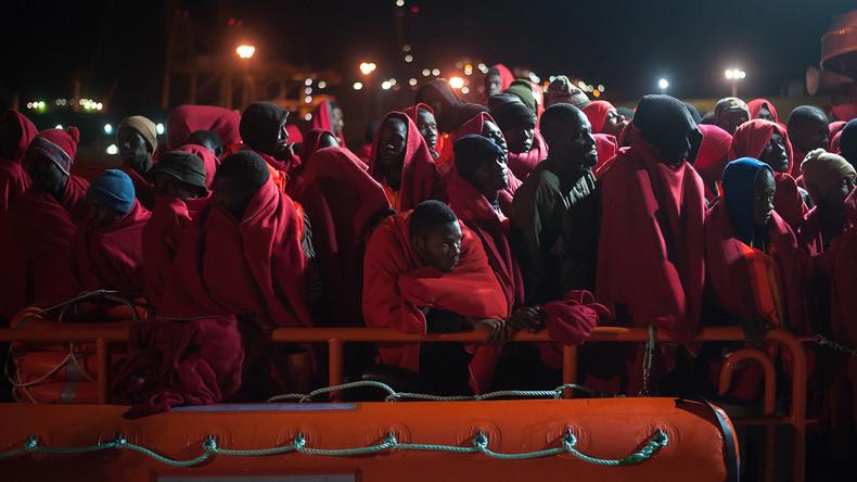 Knapp 900 Migranten vor spanischer Küste gerettet – Schwangere tot