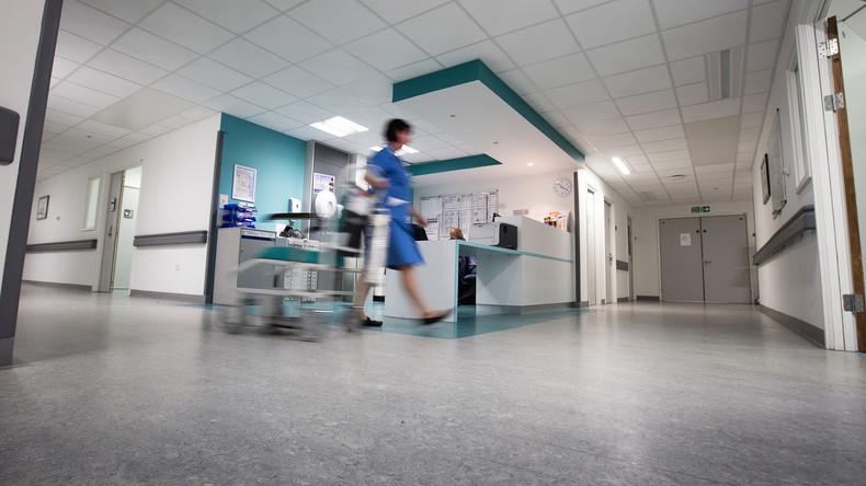 Krankenhauspersonal verwechselt Reinigungsmittel mit Kochsalzlösung – Mann stirbt nach Lungencheck