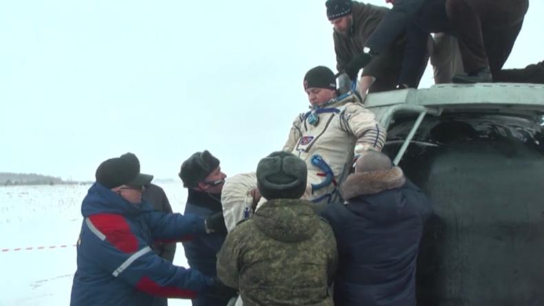 Russland: Such- und Rettungsübungen vor dem Start der Weltraummission von Sojus MS-11