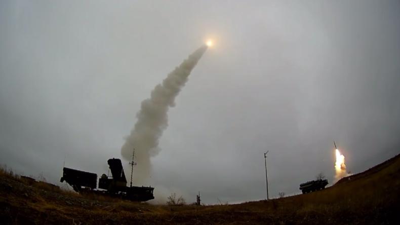 Russland: Neue S-400-Flugabwehrsysteme in Kapustin Jar getestet