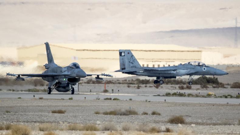Syrische Quelle verkündet Abschuss: Israel leugnet Verlust von Kampfflugzeug bei Syrienangriff