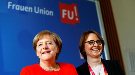 Widmann-Mauz mit Bundeskanzlerin Angela Merkel im Mai 2018