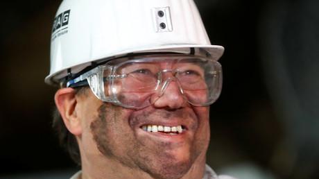 Den Vorsitz will er erst mal nicht, aber doch eine Rolle spielen: Armin Laschet, hier stilsicher beim Besuch eines Bergwerks im September 2018