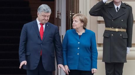 Deutsche Kanzlerin Angela Merkel und ukrainischer Präsident Petro Poroschenko am 1. November in Kiew