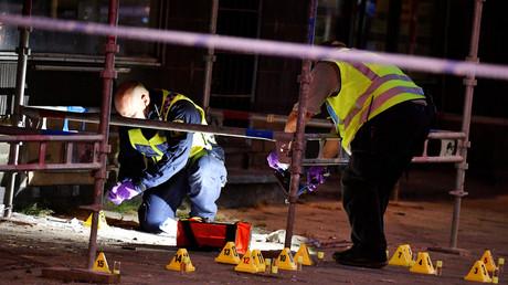 Die schwedische Polizei sammelt Spuren nach einer Schießerei in Malmö, Schweden, 18. Juni 2018.