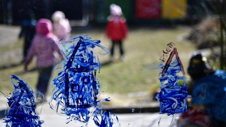 Rund 20 Prozent aller Kinder in Deutschland wachsen laut einer Studie in sehr armen Verhältnissen auf.