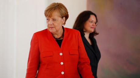 (Archivbild). Angela Merkel und Andrea Nahles während eines Treffens am 28. September 2017 im Schloss Bellevue in Berlin.