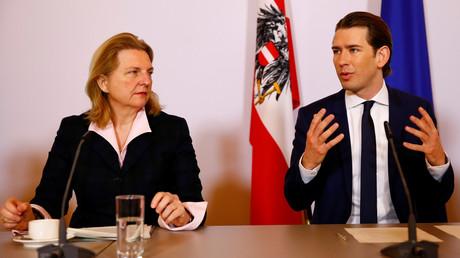 Österreichischer Heeroberst soll für Russland spioniert haben – Kneissl sagt Russland-Besuch ab (Archivbild: Österreichs Außenministerin Karin Kneissl und Kanzler Sebastian Kurz)